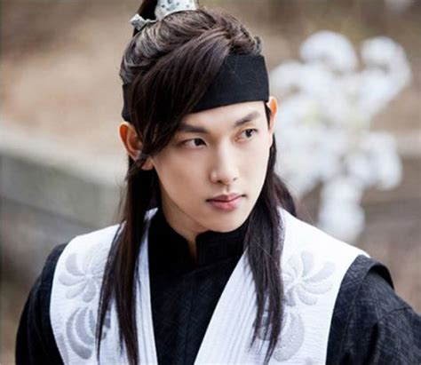 Im Shi-wan as a young prince for MBC's The King Loves