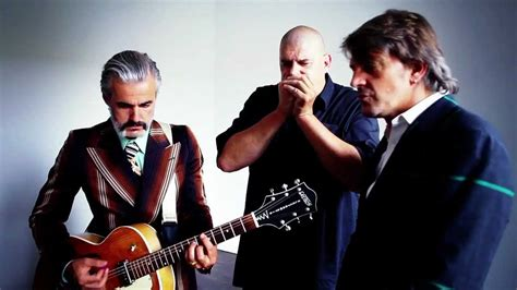 Triggerfinger - I Follow Rivers - Unplugged - YouTube