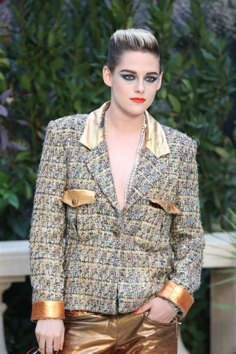 Kristen Stewart Sexy or Not on Chanel Couture (26 Photos