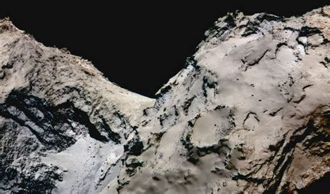 A short new movie of a comet's surface is pretty